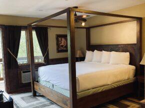 , Accommodations