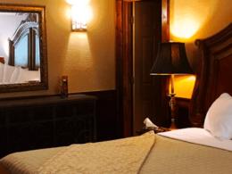 , Standard Lodge Room 12