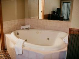 , Premium Lodge Room 14